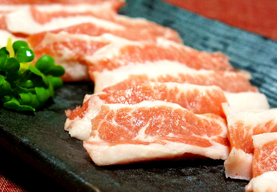 国産 国産豚トントロ 600g 200g×3P 綺麗な霜 表面カリッと焼けば 外サクサク 塩コショウだけで十分美味しい 中は柔らか ナンチク 毎週更新 公式 鹿児島