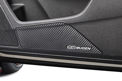 無限/MUGEN ドアインナープロテクター シビック タイプR/FK8 商品番号:83510-XNCF-K0S0