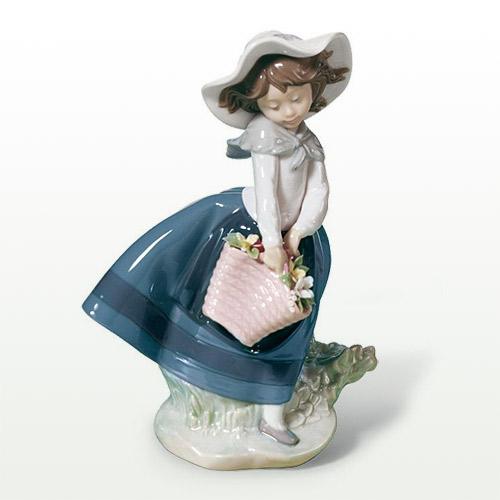 リヤドロ LLADRO きれいな花ばかり 5222 陶器人形 置物 少女 女の子
