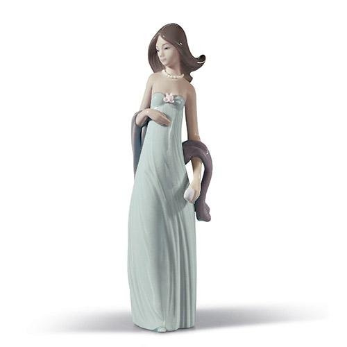 リヤドロ LLADRO 少女 5487 陶器人形 置物 乙女 女性 花 パーティ ドレス