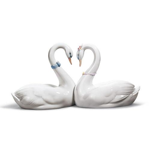 リヤドロ LLADRO エンドレスラブ 6585 陶器人形 置物 白鳥 ウェディング ブライダル 結婚祝い