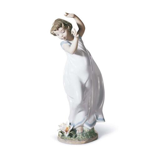 LLADRO リヤドロ リリー(純真な心) 6989 陶器人形 置物 少女