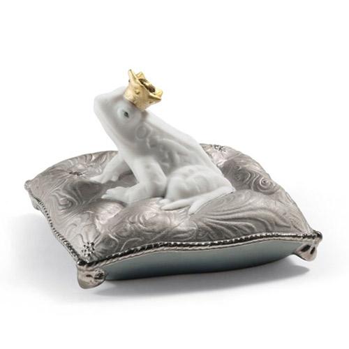 リヤドロ LLADRO カエルの王子様(Re-Deco) 7188 陶器人形 置物 動物