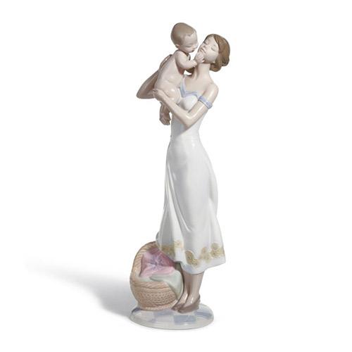 LLADRO リヤドロ 無償の愛 8244 陶器人形 置物 母 赤ちゃん 出産祝い 内祝い