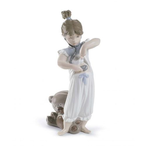 リヤドロ LLADRO 何が聞こえるかな? 8468 陶器人形 置物 少女 クマぬいぐるみ