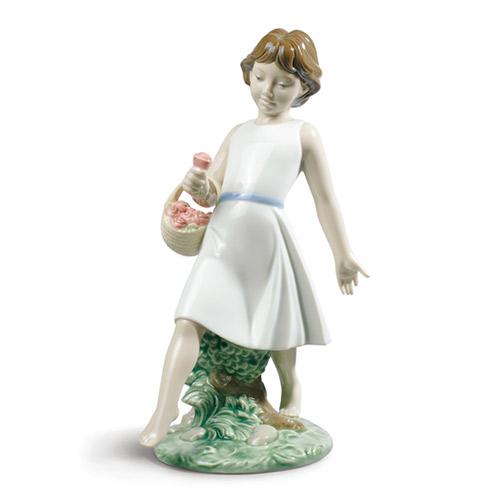 NAO ナオ はだしで散歩 1828 陶器人形 置物 リヤドロ姉妹ブランド 少女