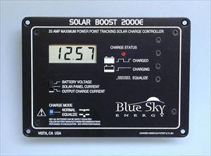 充電コントローラー MPPT型 SOLARBOOST BLUE SKY ENERGY / SB2000E[正規品/日本語の説明書付き/無料保証2年(電池を除く)]