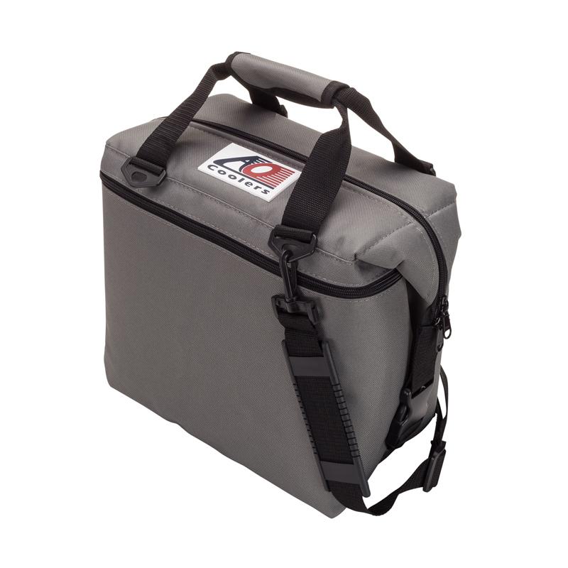 【送料無料】AO Coolers(エーオー クーラーズ) 12 パック キャンバス ソフトクーラー 11.35L チャコール AO12CH【SMTB】