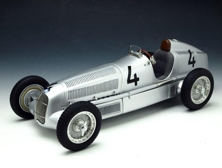 CMC シーエムシー メルセデス・ベンツW25 (1935) #4 シルバー M-104