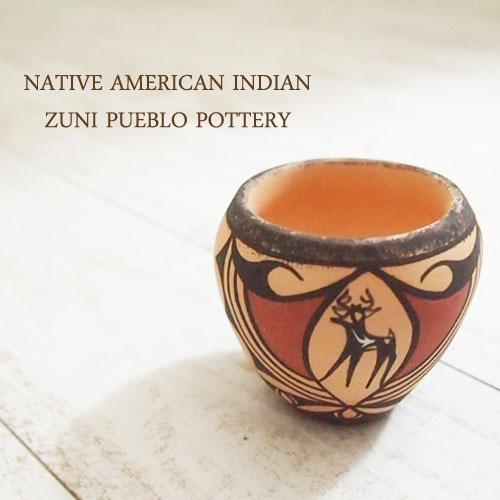 アメリカン インディアン ポタリー 壺Native American indian Zuni Peblo Pottery
