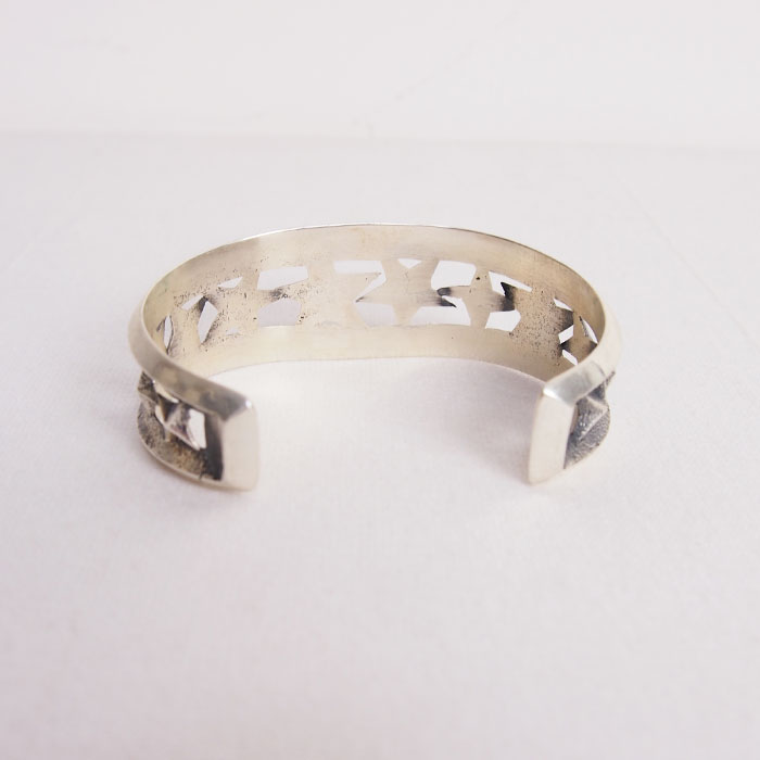Indian Jewelry Navaho Kevin Yazzie Star Silver Bangle Navajo