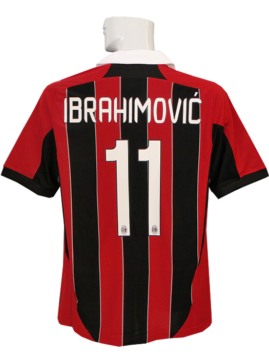 size 40 89d38 f02c8 12 / 13 / adidas AC Milan home / short sleeve / with Ibrahimovic and  Scudetto badge