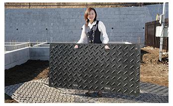 ハマネツ  プライター プラスチック敷板 PB-3*6S( 片面エンボスタイプ )18kg【敷鉄板同等品】【現場・搬入口】【仮設・工事】