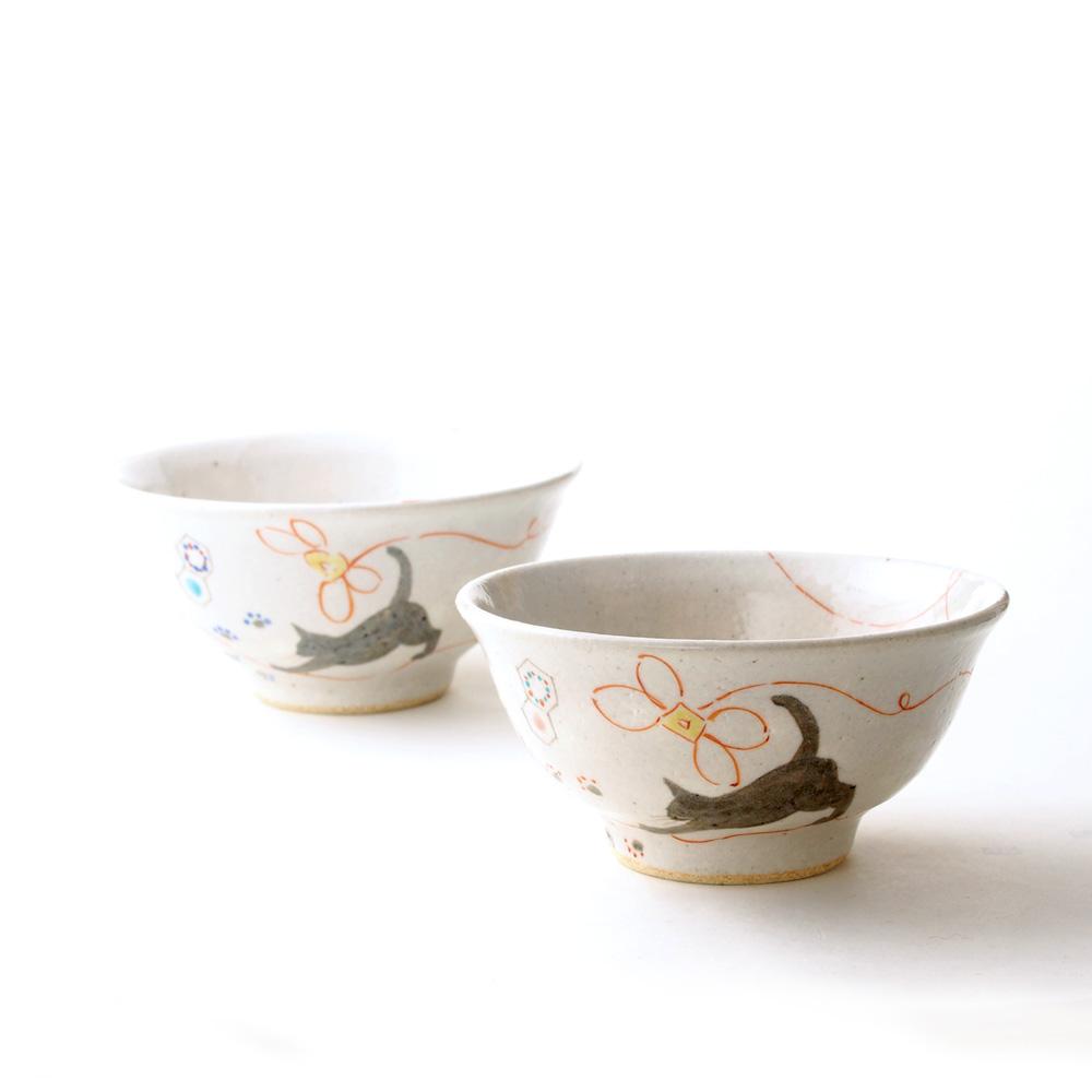 Kutani 潔具茶杯子手鞠貓禮品 / 禮品雙婚禮 / 妻子 / 結婚週年日或世界的一件事和父母一日本的文書 / 茶杯 / 母親節這一天 / 父親節 / / HED / 銀的結婚周年紀念日 / 60 / 70 歲生日 / 77 / 飾品 / 88 慶祝 / 生日陶器 / 紀念品 / 日本 / 高級的一天