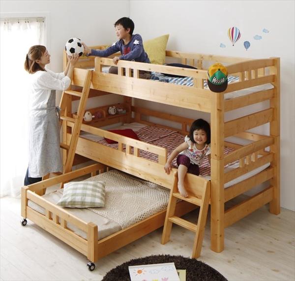 添い寝もできる頑丈設計のロータイプ収納式3段ベッド triperro トリペロ シングル 「3段ベッド ロータイプ 頑丈設計 上下段分割可能 移動ラクラク 便利機能 通気性 木製」