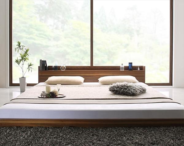 棚・コンセント付き大型フロアベッド マルチラススーパースプリングマットレス付き クイーン    「フロアベッド 木製 木目 美しい 開放的な空間 使い易さ ヘッドボード 汚れに強い 手入れ楽々」