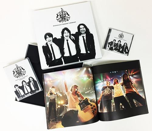 DOES 10th Anniversary Live 「Thanksgiving !」 in AKASAKA BLITZ [初回生産限定版][DVD] / DOES