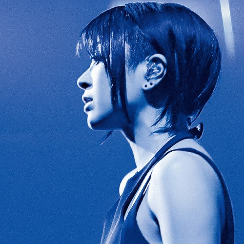Hikaru Utada Laughter in the Dark Tour 2018 【発売日以降お届け(入荷日未定)】 [Blu-ray+2DVD+フォトブック+バックステージパス(レプリカ)/完全生産限定スペシャルパッケージ盤][Blu-ray] / 宇多田ヒカル