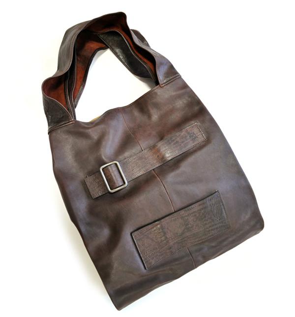 馬革・ホースレザー ショルダーバッグ・トートバッグ  ビッグトート ダークブラウン イタリア製 本革レザー アンティーク加工 イタリア職人によるハンドメイド!OxiDe イタリア・イタリー製 メンズ・紳士・男性・女性・男女兼用 バッグ 鞄