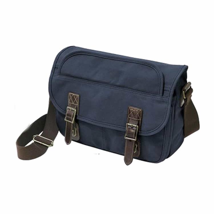 ショルダーバッグ メンズ 横型 斜めがけ メッセンジャーバッグ カブセ こうのとり帆布  日本製 豊岡鞄 通学 通勤  男性用 紳士用 鞄 かばん 革付属(牛革 本革 レザー) 10号帆布、パラフィン加工 ネイビーブルー