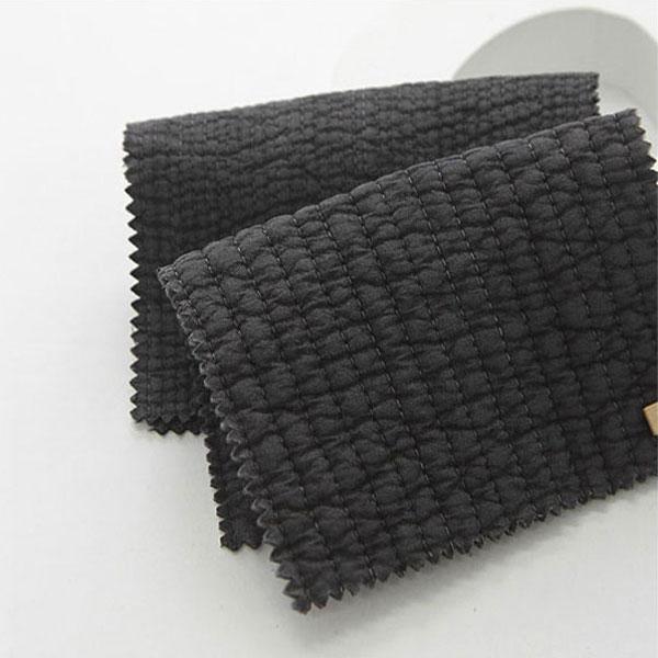 やわらかな風合いと滑らかな肌触り 期間限定の激安セール お洗濯をしてもかさ高が落ちにくく ボリューム感のあるキルティング生地 キルティング 7mm Charcoal gray イブル 布団 品質保証 ナチュラルコットンアンジェラ 商用利用可 手作りマット ラインキルティング