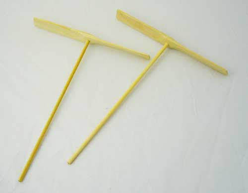 昔なつかしい竹トンボ2個入りでお得です ^^ 2個入 竹とんぼ 超人気 格安店 専門店