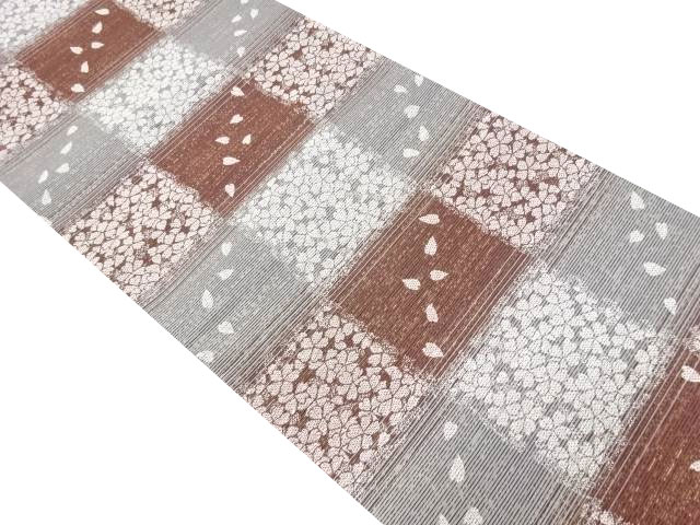 金通し市松に桜模様織り出し袋帯【リサイクル】【中古】