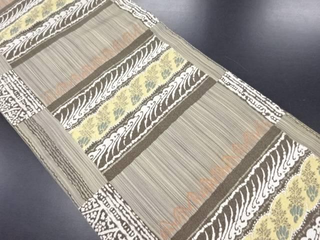 横段に抽象波・草葉模様織り出し名古屋帯【リサイクル】【中古】