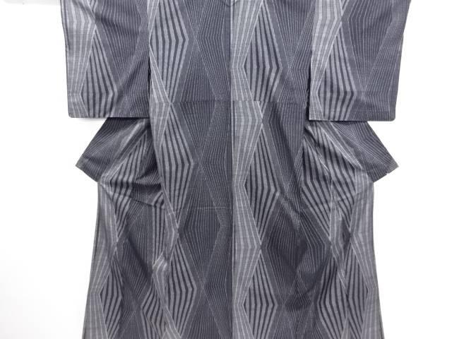 幾何学模様織り出し本場泥大島紬着物(5マルキ)【リサイクル】【中古】紬 高級紬 着物 大島紬 正絹 シルク