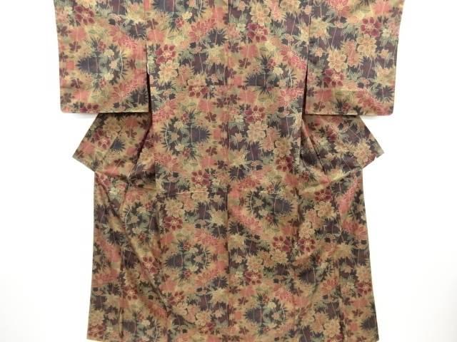 未使用品 仕立て上がり 草花模様織り出し本場泥大島紬着物(5マルキ)