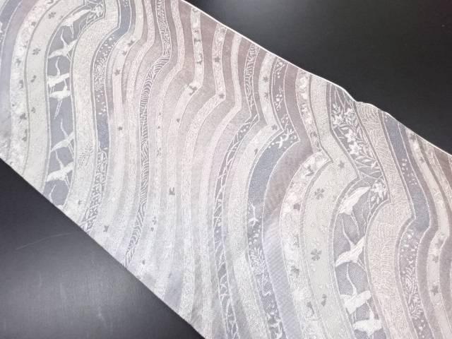 丸万織物製 銀糸変わり横段に鶴模様織り出し袋帯【リサイクル】【中古】
