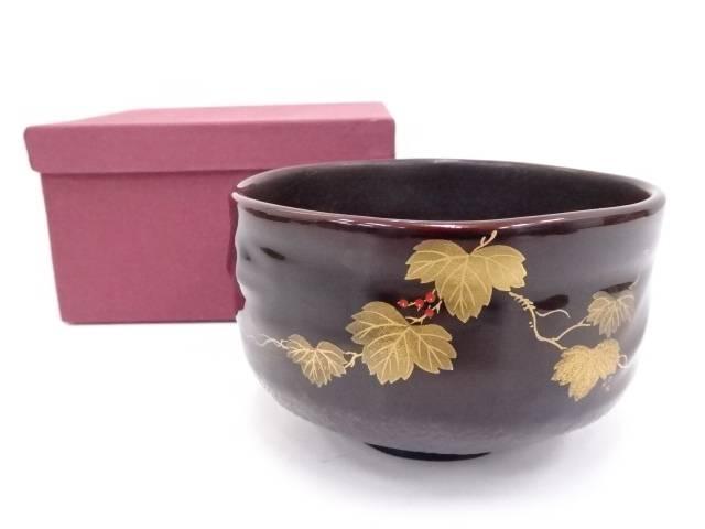 漆塗蔦蒔絵茶碗