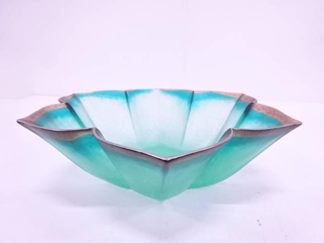 色ガラス輪花鉢