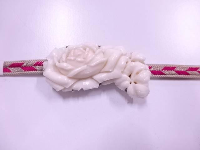 白本珊瑚薔薇帯留め(27.95グラム)【アンティーク】【中古】