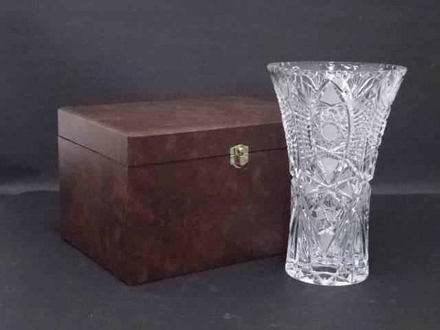 ボヘミアグラス 花瓶