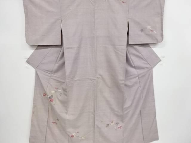 菊に笹・桐模様刺繍手織り真綿紬一つ紋着物【アンティーク】【中古】