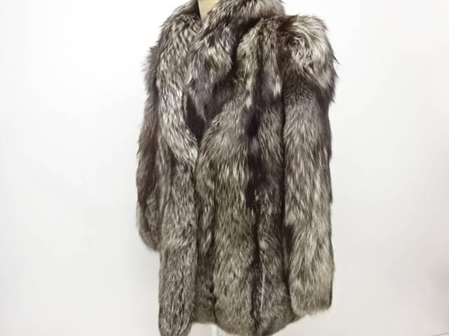 合計3980円以上の購入で送料無料 割り引き SAGA FOXコート トラスト 中古 リサイクル