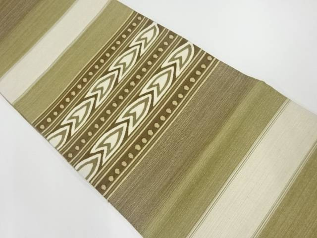 金糸横段に抽象矢羽根模様織出し袋帯【リサイクル】【中古】