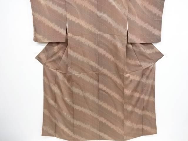 合計3980円以上の購入で送料無料 斜め縞模様暈し小紋着物 リサイクル お金を節約 人気ブランド多数対象 中古