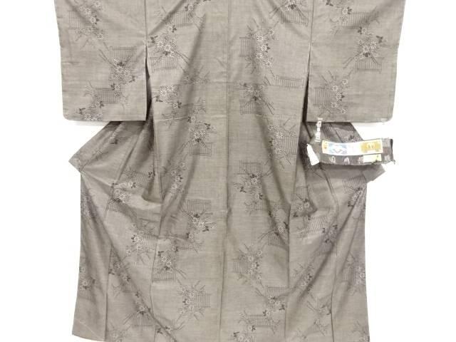 未使用品 仕立て上がり 菊模様織り出し本場泥大島紬着物(9マルキ)