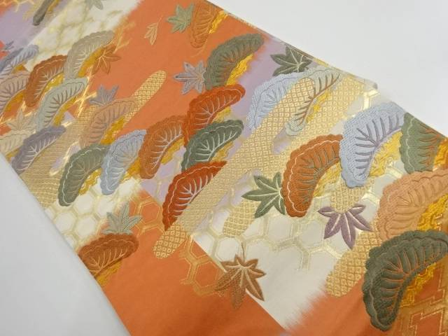 唐織笠松に楓模様織出し袋帯【リサイクル】【中古】