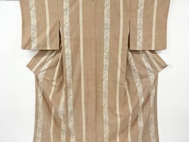重要無形文化財本場結城紬100亀甲縞に花模様織り出し着物【リサイクル】【中古】