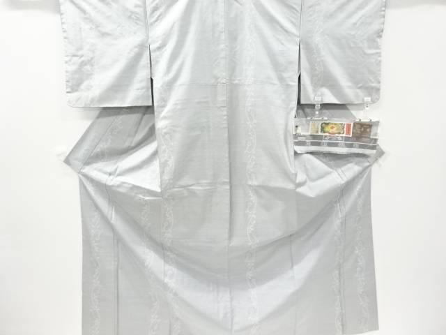 藤絹織物製 花唐草模様織り出し本場白大島紬着物(7マルキ)【リサイクル】【中古】