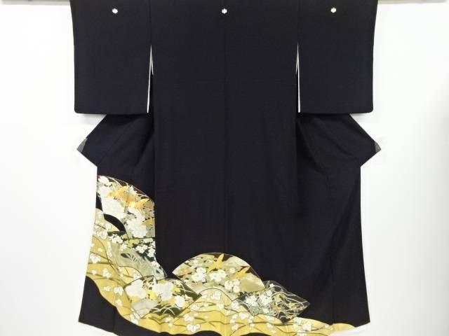金彩地紙に群鶴・牡丹・梅・菊模様刺繍留袖(比翼付き)【リサイクル】【中古】
