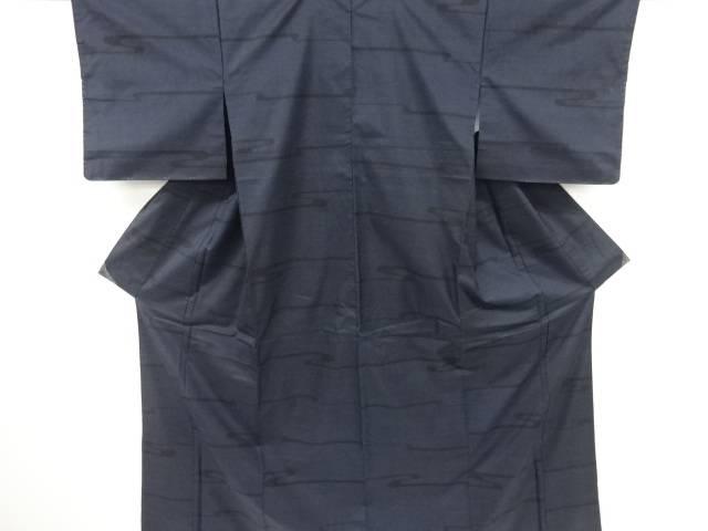 未使用品 仕立て上がり ヱ霞模様織り出し本場泥大島紬着物(5マルキ)