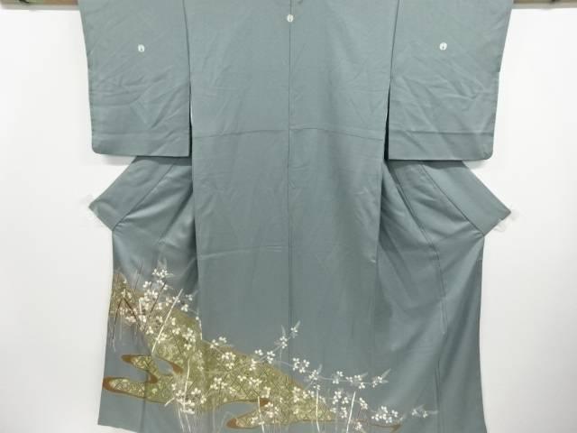 金彩霞取りに萩・木賊模様刺繍三つ紋色留袖【リサイクル】【中古】