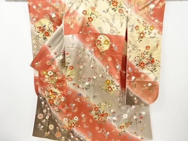 金彩枝垂れ桜に鴛鴦・蝶模様刺繍振袖【リサイクル】【中古】