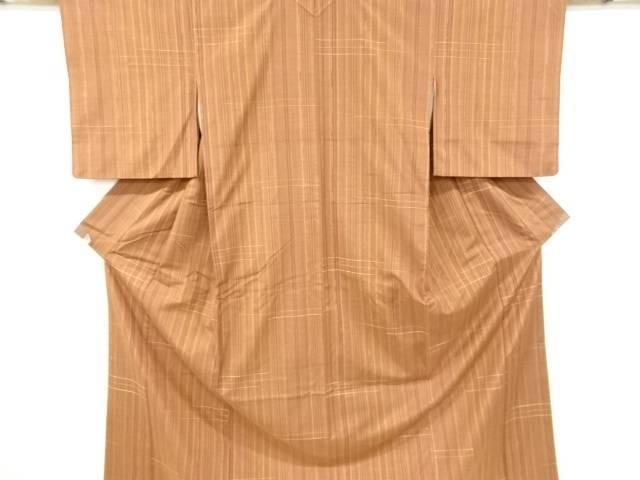合計3980円以上の購入で送料無料 限定価格セール 商舗 縞に線描き模様織り出し手織り真綿紬着物 中古 リサイクル