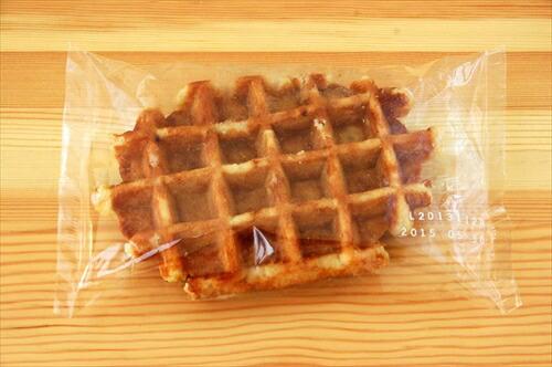 ※解凍するだけで食べられる菓子です ベルギーワッフル メイプル 90g×24個入り レストラン お求めやすく価格改定 いつでも送料無料 カフェ 冷凍菓子 パーティー
