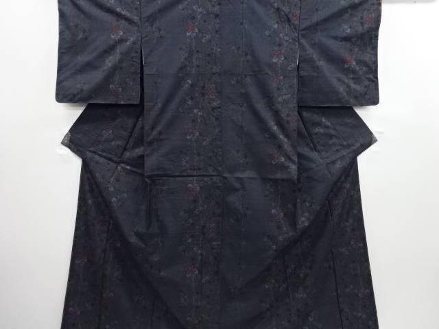 リサイクル 未使用品 唐花模様織り出し本場泥大島紬着物(5マルキ)【送料無料】